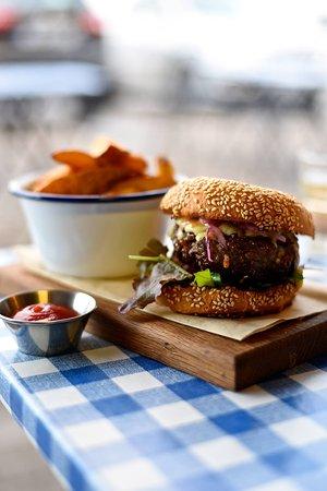 Plan B - Burgers & Brunch