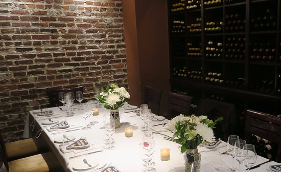 Jardiniere: The wine room