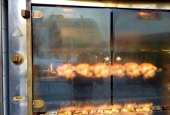 La Napoule, Francia: Gegrillte Hänchen