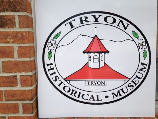 Tryon, Kuzey Carolina: Sign outside the museum