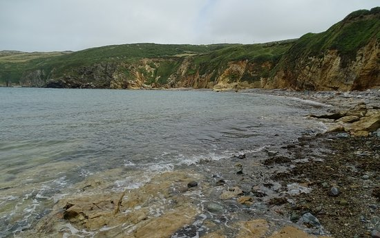 Cemaes Bay, UK: The beach area