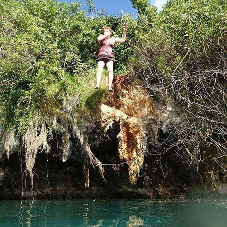 Sandys Parish, Bermuda: Cliff Jump :)