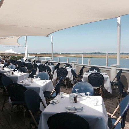 East Quogue, Nowy Jork: Dockers Waterside Marina & Restaurant