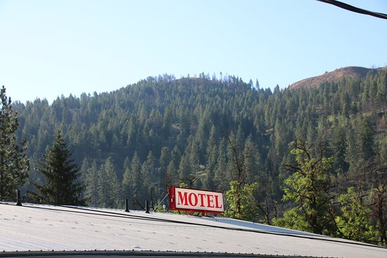 Konkolville Motel: Surrounding view