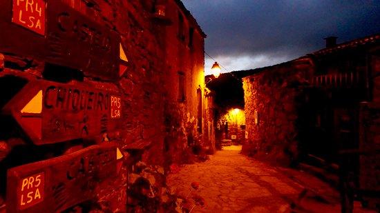 Lousa, Portugal: detalhe da aldeia