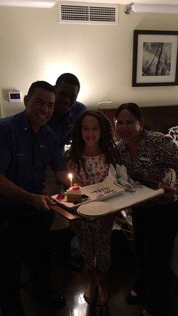 Aruba Marriott Resort & Stellaris Casino: Excelente hotel mi hija cumplió años en el ahí y el equipo Marriott le llevaron galletas, torta