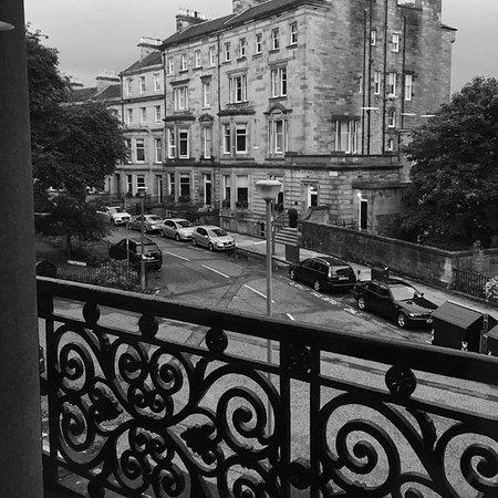 The Chester Residence: From livingroom