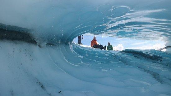 Glacier View, Alaska: Sliding down and ice cave.