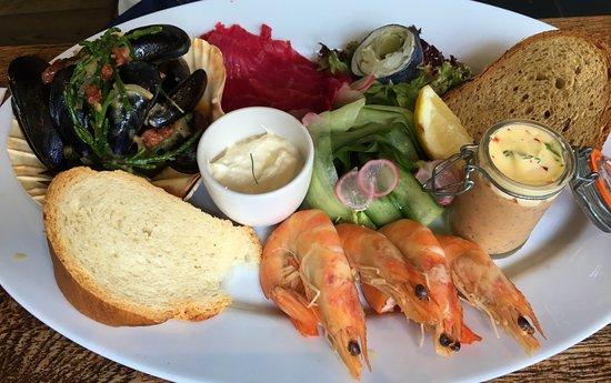 Hawkhurst, UK: fish platter