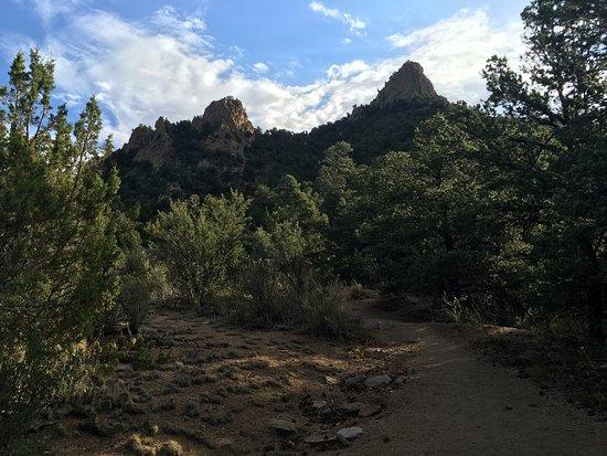 Tijeras, NM: Piedra Lisa Trail