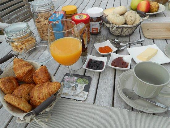 Eindhout, بلجيكا: Uitgebreid ontbijt