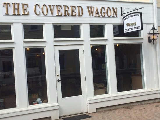 Kent, CT: THE COVERED WAGON COUNTRY STORE