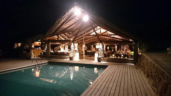 Chateau de Feuilles Restaurant : photo0.jpg