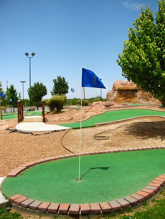 Stockton Entertainment: Stocktons Entertainment Mini Golf Course