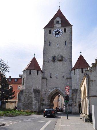 Ostentor Regensburg
