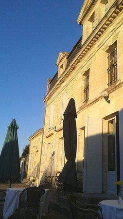 Virsac, Francia: TA_IMG_20160725_205645_large.jpg