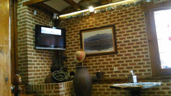 Manzanares el Real, إسبانيا: DSC_0052_large.jpg