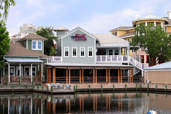 Sandestin, FL: Our Favorite Baytowne restaurant