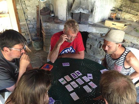 Bouriege, Francia: Spelletjes spelen
