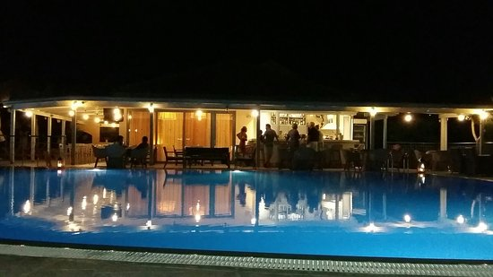 Avithos Resort: 20160723_232905_large.jpg
