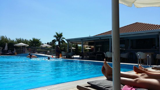 Avithos Resort: 20160719_165358_large.jpg