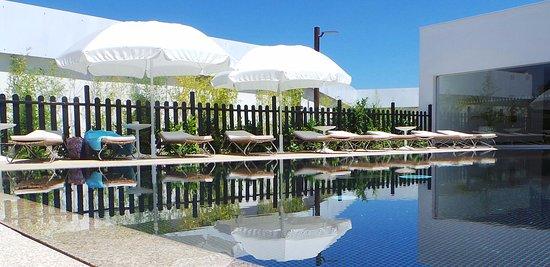 Convento Da Serta Hotel : A very cosy pool