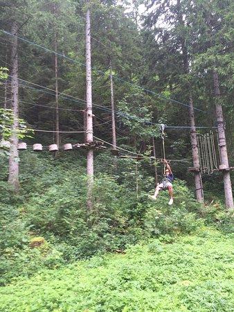Kletterwald Bichlbach: Heerlijk geklommen👌. 5 verschillende routes met leuke onderdelen zoals een slee, fiets of regen