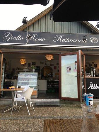 Giallo Rosso Restaurant og Cafe