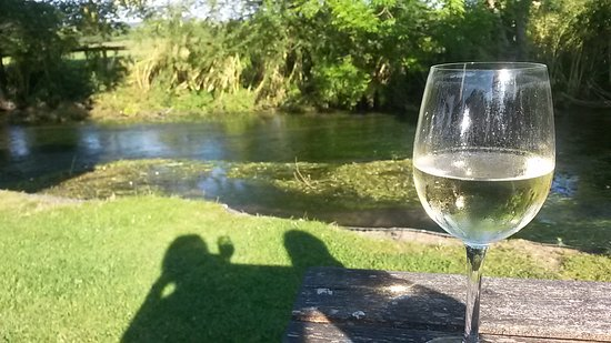 Hampshire, UK : Sauvignon Blanc Sundowners alongside the River Meon