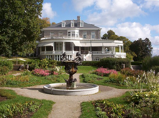 Brockville, Καναδάς: View of Fulford Place from the Italianate garden
