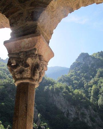 Casteil, Frankrig: ya en la abadía
