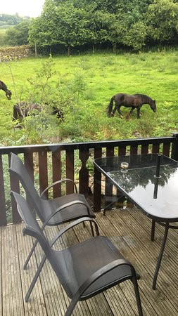 Troutbeck, UK : Decking and sitting area