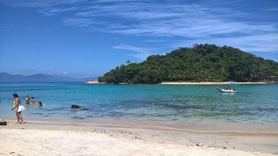 Cataguas Island: Um dia de sol e ilha vazia.