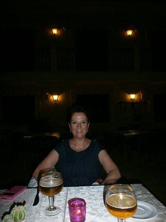 Hotel Dona Manuela : PATIO INTERIOR DEL HOTEL, RESTAURANTE