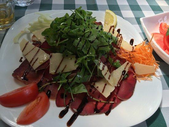 San Baronto, อิตาลี: Bresaola salad - fantastico!!!