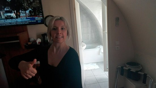 Timhotel Tour Eiffel: IMG_20160629_093548_large.jpg