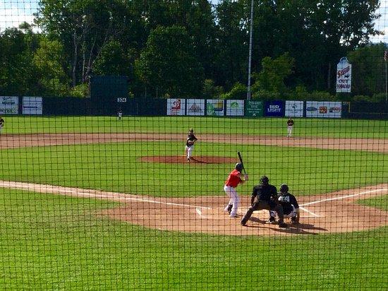 Hancock, MA : Suns baseball game in Pittsfield