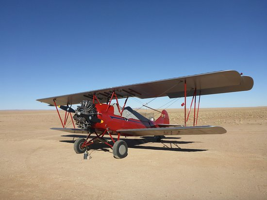 Tsondab Valley Scenic Reserve: am Flugplatz