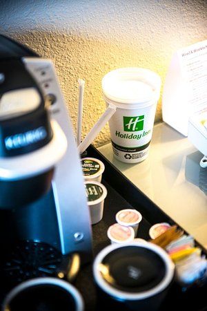 Keurig Coffee Maker Nz : Holiday Inn Little Rock-Airport-Conf Ctr - UPDATED 2018 Hotel Reviews & Price Comparison (AR ...