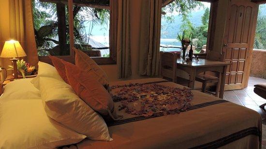 Santiago Atitlan, Guatemala: Room