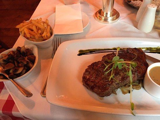 Hatters Bistro: Sirloin Steak