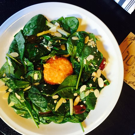Riverview, FL: Organic Spinach Salad