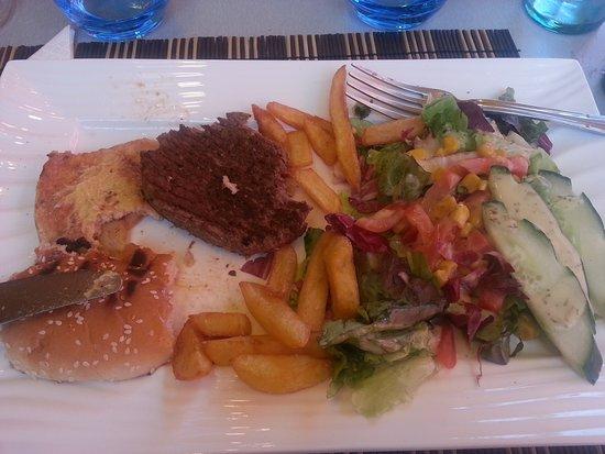 """Chez le Belge : """"burger maison"""""""