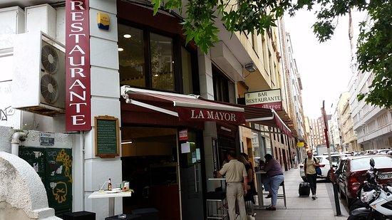 Restaurante La Mayor: VISTA EXTERIOR