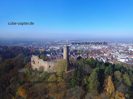Вайнхайм, Германия: Blick von Osten nach Westen, Kopteraufnahme 2015, www.cube-copter.de