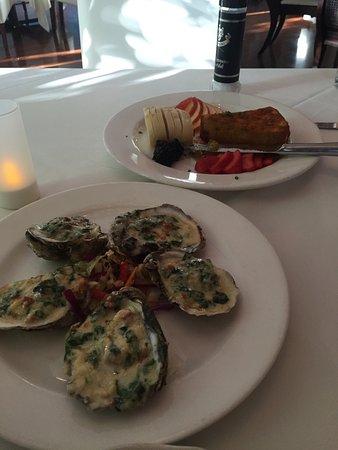 Djon's Steak & Lobster House: photo0.jpg