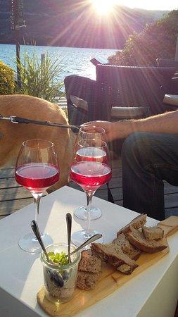 Doussard, ฝรั่งเศส: L'apéritif... excellent !