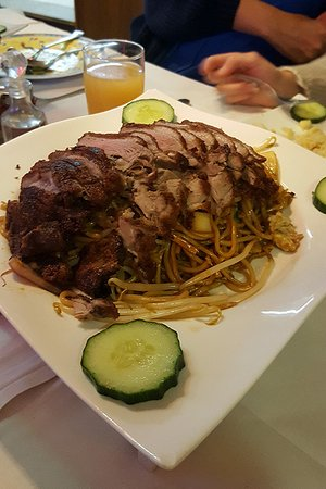 Ming's Wok: Anatra e spaghetti (ottimi)