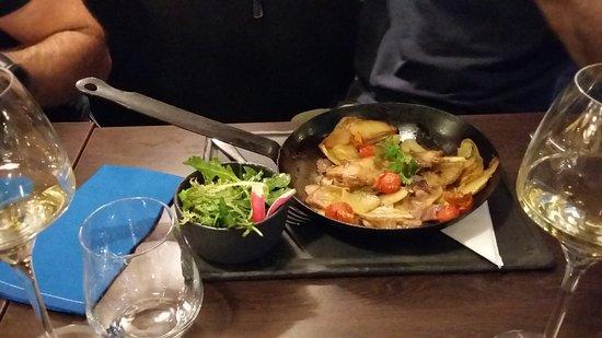 Doussard, ฝรั่งเศส: Mais ces pommes de terre... pffffiou... un délice !