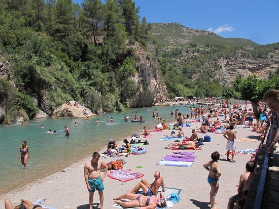Do! Valencia Hot Spring Day Tours: Don't let the popularity of this area put you off